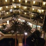 Foto van Embassy Suites Houston - Near the Galleria
