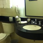 Spacious bathroom with great smelling soaps and shampoos