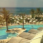 Photo de Constantinou Bros Athena Beach Hotel