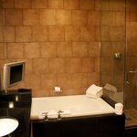 Salon Suite - bathroom WOW!!!