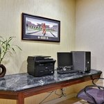 Photo de Holiday Inn Express @ Williamsburg Square, State College