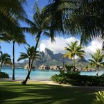 Photo de Four Seasons Resort Bora Bora
