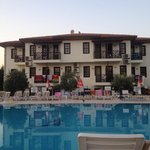Saray Hotel & Apartments Foto