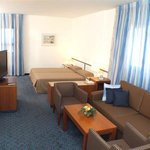 Photo de BEST WESTERN Regency Suites