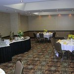 Photo de Embassy Suites Kansas City-Overland Park