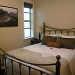 Mt. Woodside Bed & Breakfast resmi
