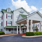 Photo of Country Inn & Suites Columbus