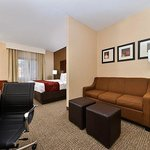 Photo of Comfort Suites