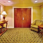 Photo de Holiday Inn Express Hotel & Suites Jackson - Flowood
