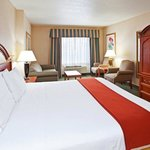 Photo de Holiday Inn Express Pittsburgh-Bridgeville