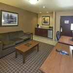 Holiday Inn Express & Suites - The Hunt Lodgeの写真