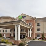 Holiday Inn Express & Suites High Point Southの写真