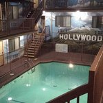 Hollywood Inn Express North resmi