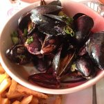 Mussels in Pernod Sauce with French Fries