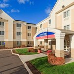 Candlewood Suites Windsor Locks resmi