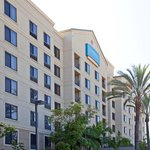 Photo de Staybridge Suites Anaheim - Resort Area