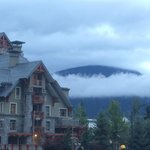 صورة فوتوغرافية لـ ‪Holiday Inn Whistler Village Center‬