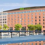 Photo de ibis Styles Evry Cathedrale