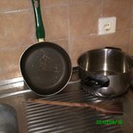 total cooking utensils very dirty