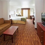 Photo de Holiday Inn Express Yreka-Shasta Area