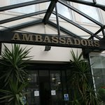 Photo de Ambassadors Hotel