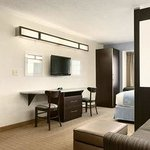 Microtel Inn & Suites by Wyndham Genevaの写真