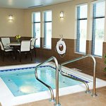 Holiday Inn Express Hotel & Suites Youngstown W - I-80 Niles Area Foto