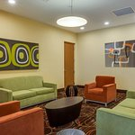 Photo of Holiday Inn Express & Suites Fort Lauderdale Airport South