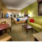Holiday Inn Express Red Bluff - South Redding Areaの写真