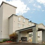 EconoLodge Inn & Suites Roseburg