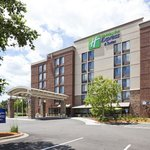 ‪Holiday Inn Express Hotel & Suites Bloomington West‬