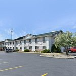 Photo of Quality Inn & Suites South