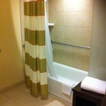 Over bath shower - Courtyard by Marriott Washington DC