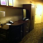 Plenty of socket and USB points on the office desk - double room Courtyard by Marriott Washingto