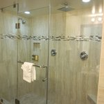 Huge shower with 2 shower heads