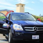 Mercedes Benz SUV - for a group of 5 people or less