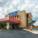 Photo de BEST WESTERN Oasis Inn & Suites