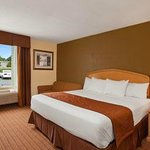 Baymont Inn and Suites Charlotte-Airport resmi