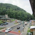 ภาพถ่ายของ Days Inn And Suites Downtown Gatlinburg Parkway
