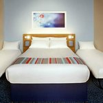 Travelodge Cardiff Central Queen Street Foto