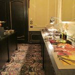 Breakfast buffet at the Hotel Des Indes