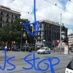 This is busstop to hostel for R2 bus. NOTat Napoli Centrale but walk for 10 min, see other pics