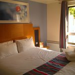 Foto de Travelodge Bath Waterside