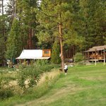 Zdjęcie Sunset Inn Yosemite Vacation Cabins