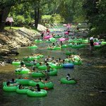 lazy river diring a weekend day from our hotes