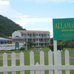 Allamanda Beach Resort resmi