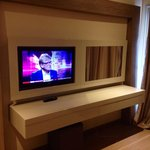 212 tv & dressing table
