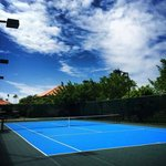 they have 3 tennis courts