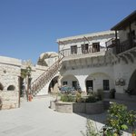 Foto di Flintstones Cave Hotel and Pension