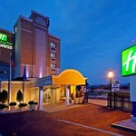 Photo of Holiday Inn Express Hotel LaGuardia Airport